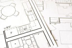 Planos en estudio de arquitectura y reformas en Valencia
