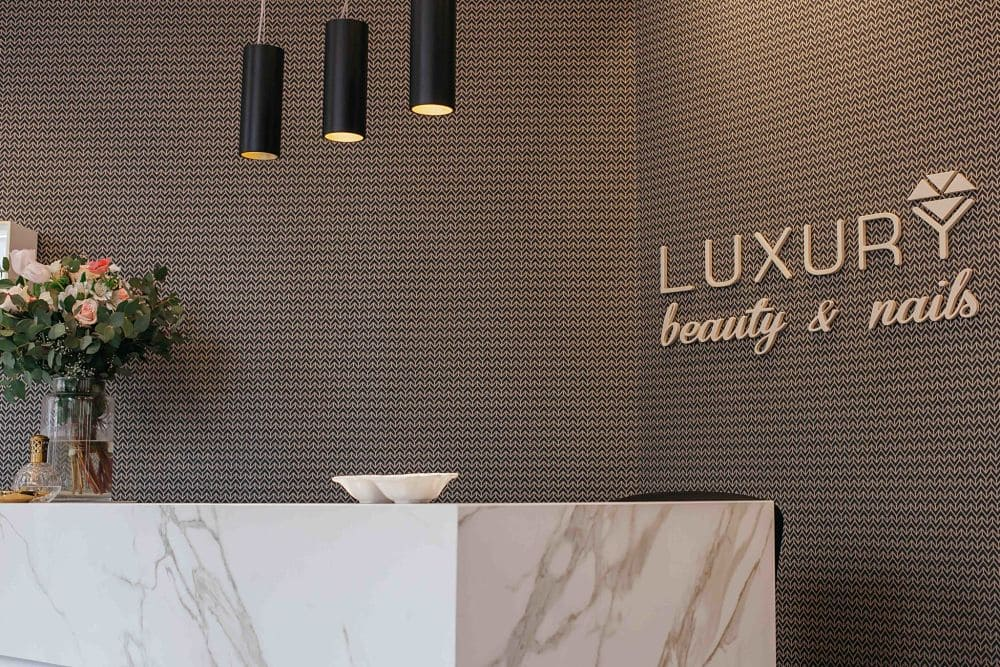 Reforma Locales Comerciales - Luxury and Nails