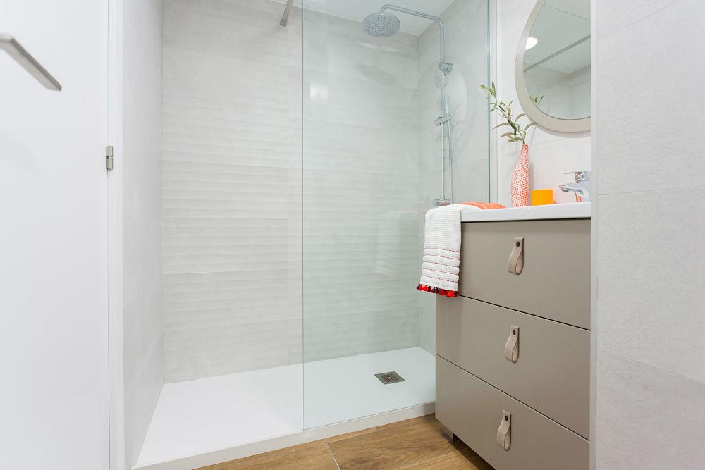 Diseño de baño en vivienda pequeña